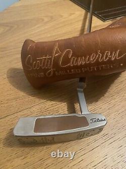 Scotty Cameron Button Back