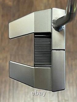 Scotty Cameron Futura 5W Welded Flow Neck Putter With Cover MINT RH CCCH