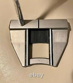 Scotty Cameron Futura X7M Putter with Head Cover