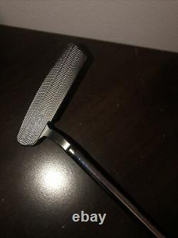 Scotty Cameron Select Newport 1.5 Putter Golf Club Heavy Circle H