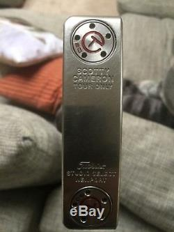 Scotty cameron circle t tour issue putter